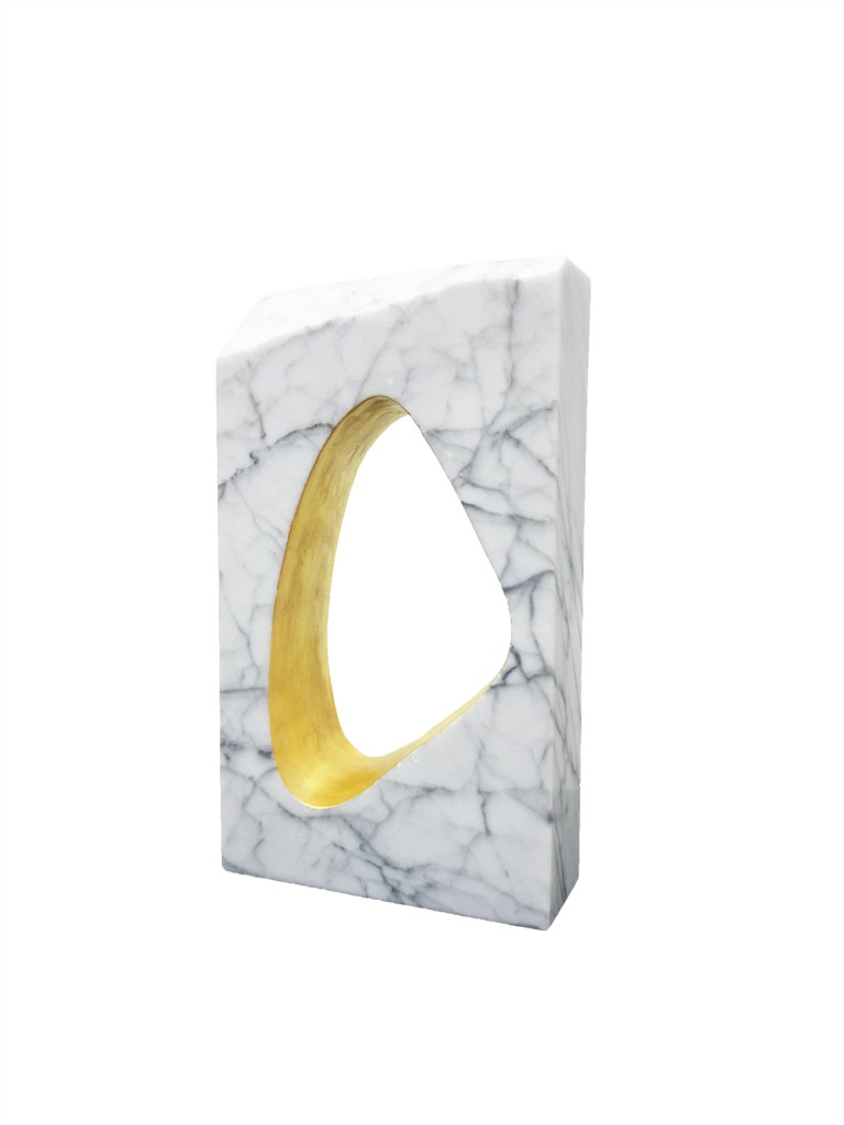 Forze invisibili 2020 Gold leaf on marble 30 x 18 x 6 cm